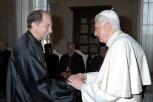Fr. Washko with Pope Benedict XVI.