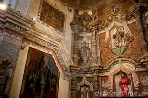 san-xavier-del-bac-mission-church-13741082